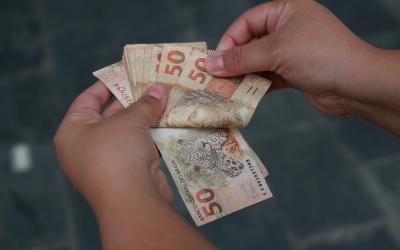 Governo estabelece regras para o 13º salário